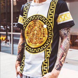 Black Gold Chain Print Designer Tee Shirt